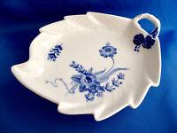 Vtg Royal Copenhagen Leaf Serving Dish 1599 Blue Flowers Handle Braided Denmark