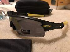Oakley Men's Radar Shield Pitch Polarized with Yellow Frame 5 Lenses