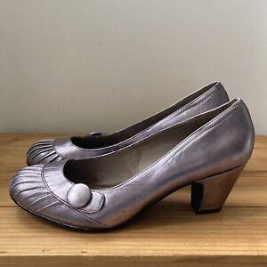 Hush Puppies shoes size 9 metallic court button pleats
