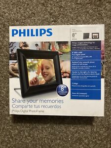 """Philips 8FF2FPB 8"""" Digital Picture Frame"""