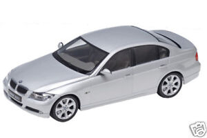 1:18 scale Welly BMW 330I 4 door SILVER Diecast