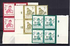 Nederland 563 - 567 Kind 1950 in postfrisse blokken
