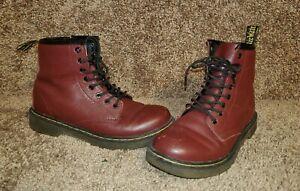 Doc Martens Delaney Boots Womens Size 5 Burgundy