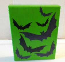 Black Bat Bats Green Wood Halloween Sign Decor 8x10 NeW