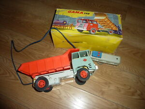 Camion benne GAMA  ancien téléguidé avec sa boite