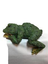 Frog Shelf Sitter