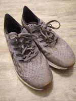 WORN ONCE! Women's Nike Air Zoom Pegasus 8.5 B 40 EU Gray Black Running Shoes