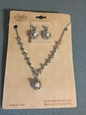 Victorian Style Necklace Abd Earrings
