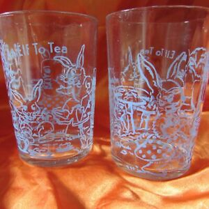 2 VINTAGE SWANKY SWIG  AN ELF TO TEA  PROMOTIONAL GLASSES