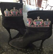 Auth GIANNI VERSACE Black Suede Short Ankle Boots 38.5 ITALY Embroidered