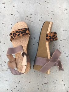 Animal Print Flatforms Wedges Womens 9.5 US Platform Sandals Cheetah Cork EU 42