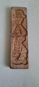 VINTAGE CARVED WOODEN BISCUIT MOLD OF A GINGERBREAD MAN