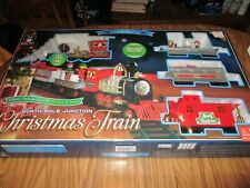 BLUE HAT NORTH POLE JUNCTION CHRISTMAS TRAIN SET 20' TRACK LIGHT SOUND