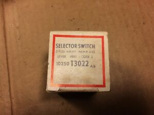 New Cutler-Hammer Selector Switch 10250 T3022 A3 (Qty Avail) NOS NIB