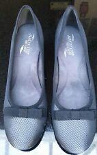 Womens Aerosoles Black Kitten Heels in size UK  9/ US Size: 11