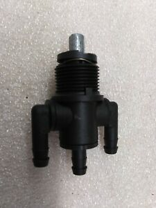 NOS Polaris Fuel Valve Petcock 1995 1996 SLX 780 1996 Xplorer 400L 7052123