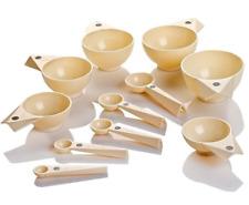 Debbie Meyer Magnetic Measuring Cups & Spoons - Ivory