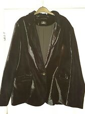 black luxurious velvet jacket size 20 gothic vamp steampunk
