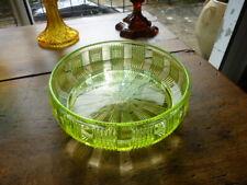 COUPE ANCIENNE EN VERRE OURALINE / URANIUM GLASS