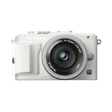 Near Mint! Olympus E-PL6 16MP with EZ 14-42mm White - 1 year warranty