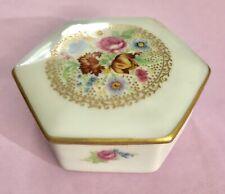 Vintage Malbec Limoges France Copie d'um Porcelain Hexagon Trinket Box/Flowers