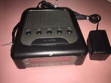 Gpx (C208B) Am / Fm Digital Clock Radio Alarm Clock w/ Power Supply