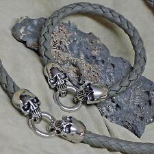 Handgefertigte Modeschmuck-Halsketten aus Leder