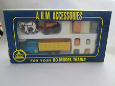 AHM HO Electric Trains Freight Truck Horse & Wagon 8 Accessories #5616 HK NIB