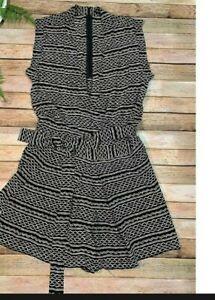 Madewell Romper Size XS  V neck overlaped back Zip pockets