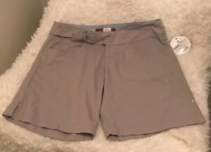 New With Tags.Women's Sz 8 Brown Oakley Shorts.MSRP $51.99