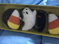"""Halloween 6"""" Garland Goblin & Ghoul Candy Corn Ghosts Witch Hats Hand Knit NEW"""