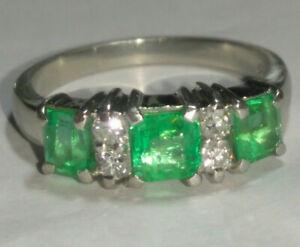 Solid platinum natural emerald and diamond ring 5.81 grams - sz 6.25