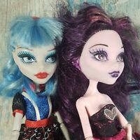 Monster High Doll ~Fearleading Ghoulia & Draculaura Doll 2008
