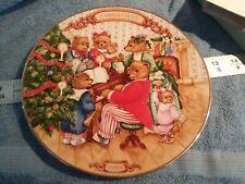 "Avon 1989 ""Together For Christmas"" Christmas Plate Porcelain 22K Trim"