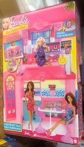 New sealed Barbie Mattel Glam Vacation House