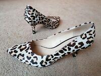 ZARA Woman BNWT Leather Heeled  Animal Print Leopard Sandals Ref 6340//301