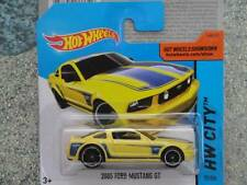 Hot Wheels 2014 #092/250 2005 FORD MUSTANG GT yellow Batch P