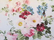 Quilt Gate Ruru Bouquet 100% Cotton Fabric Suzonne (White Floral/Rose)