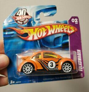 Hot Wheels 2008 Volkswagen New Beetle Cup #130 Orange