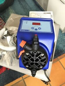 Pompe doseuse Astral Exactus MA/MB pour piscines