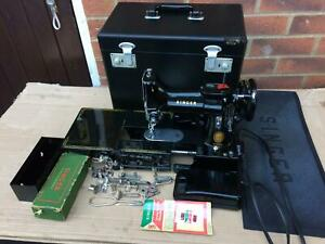 Vintage Singer 222K (1954) Featherweight Free Arm Sewing Machine with attachment