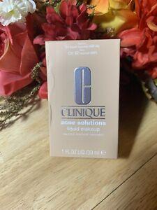 Plume Clinique Acné Solutions™ Liquide Maquillage Cn 52 Neutre 29.6ml/30ml