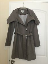 New Authentic Gray Platinum COLE HAAN Wool Wrap Coat Jacket 8 Wide Collar