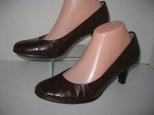 "Merona womens size 8 1/2 brown faux alligator skin 2 3/4""heel pumps"