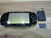 Sony PSP 1000 Console Piano Black w/battery pack 4GB Memory stick Japan m49