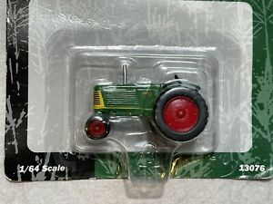 New AGCO Oliver 88 Tractor ERTL 1:64 Die Cast Metal Model 13076 Toy Farm 1/64