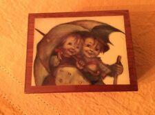 "M. I.HUMMEL MUSIC BOX :""Raindrops Keep Falling On My Head""House of Goebel Italy"