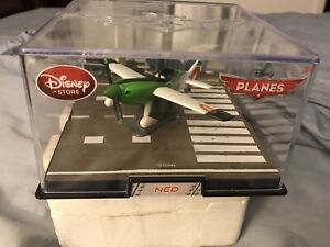 Disney Store Planes Ned Die Cast Plane 1:43 Scale Collector's Display Case New