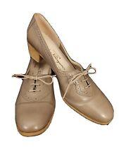 Salvatore Farragamo Women's Oxford Heel Vintage Taupe Calf Leather Crivet Size 9