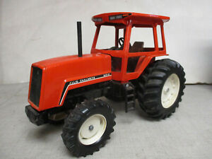 (1983) Ertl Allis Chalmers Model 8010 MFWD Toy Tractor, 1/16 Scale
